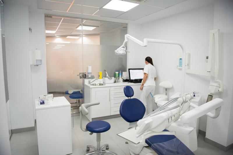 ortodoncia-clinica-parejo-y-cañero