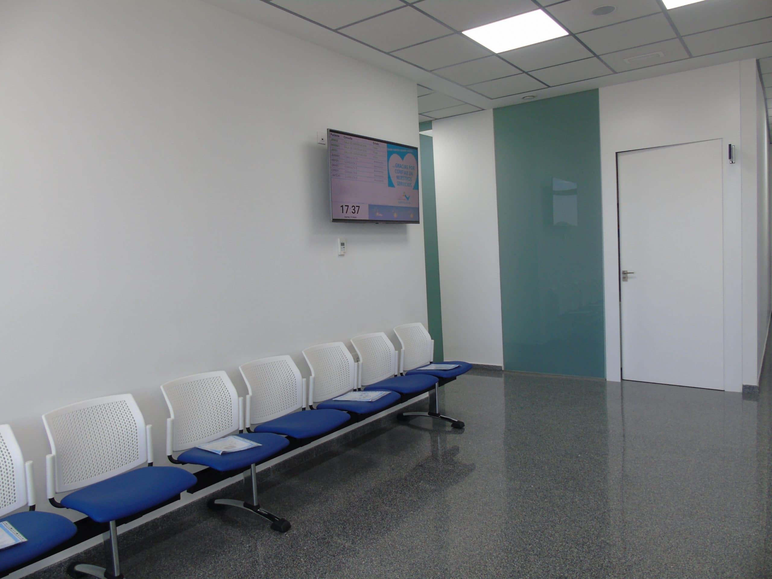 sala de espera parejo y cañero